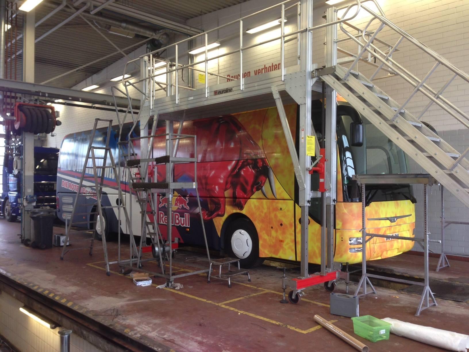 Ein neuer Bus für die Jugend